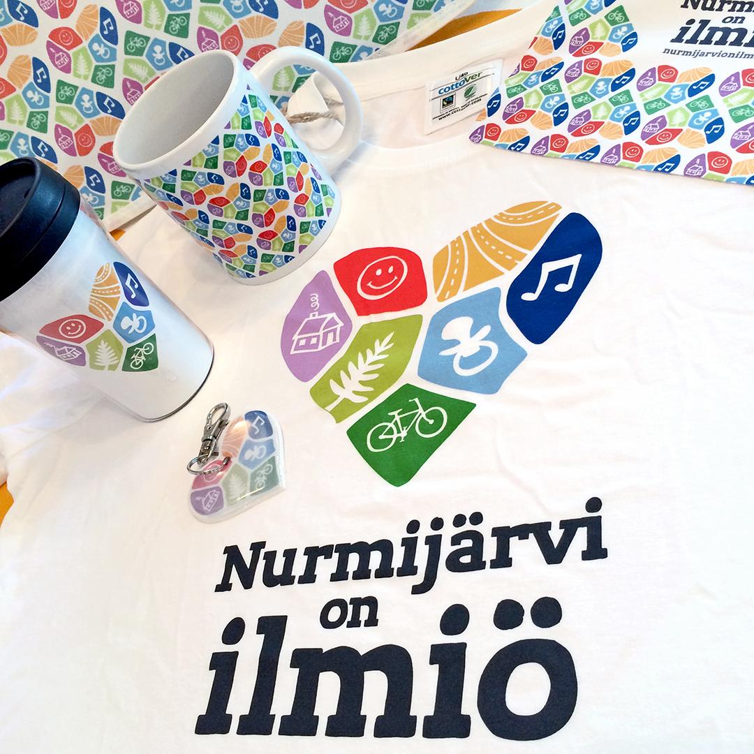 Nurmijärvi on ilmiö -tuotteita ja liikelahjoja.